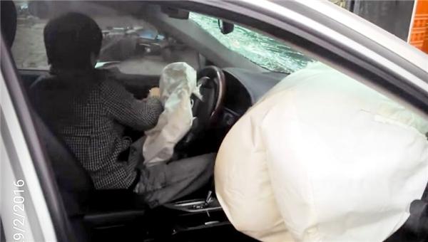Đã có người ra đầu thú về vụ xe Camry gây tai nạn kinh hoàng