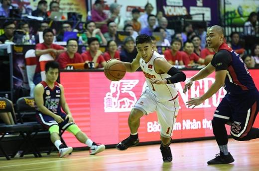 Cầu thủ gốc Việt Nguyễn Tuấn Tú không chỉ cùng Saigon Heat lọt vào bán kết Giải Đông Nam Á, mà còn góp phần đưa bóng rổ tới gần hơn với người hâm mộ.