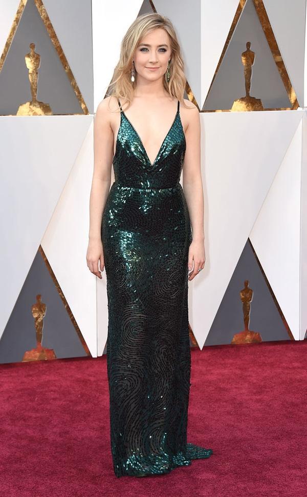 """Saoirse Ronan - ứng viên của giải """"Nữ diễn viên chính xuất sắc nhất"""""""