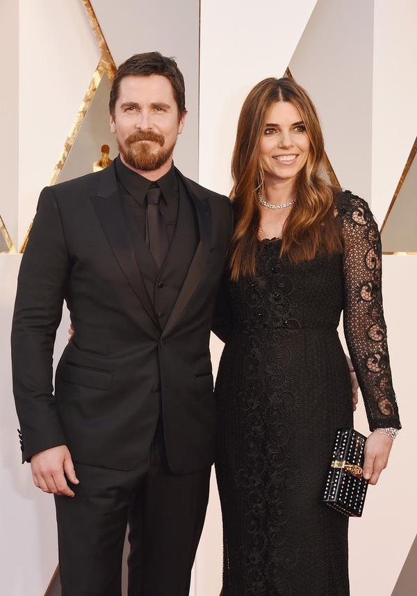 Christian Bale được đề cử giải nam phụ, sánh vai bên bà xã Sibi Blazic
