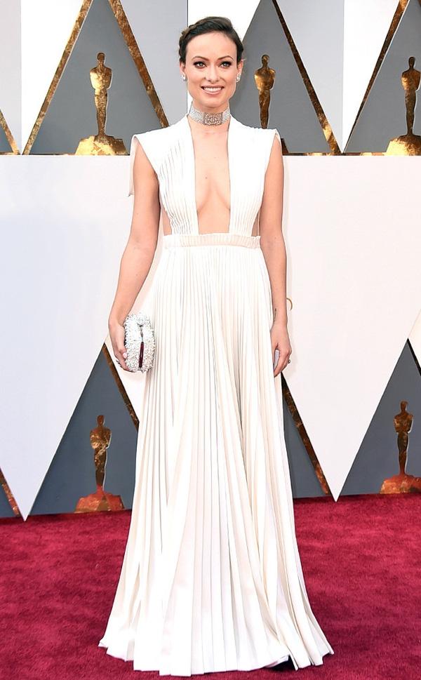 Những bộ cánh rực rỡ nhất thảm đỏ Oscar 2016