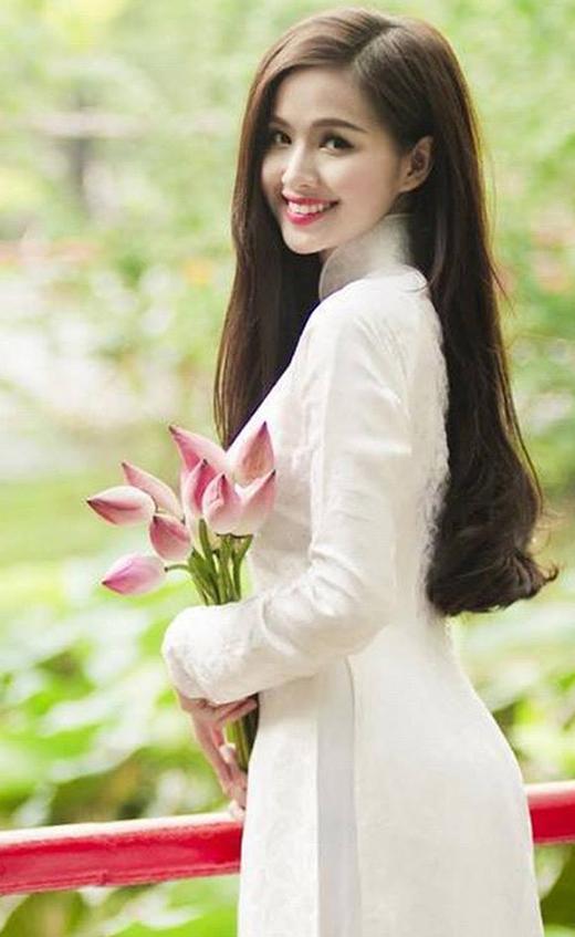 Tâm Tít được lòng khán giả cũng như cư dân mạng nhờ vẻ đẹp thánh thiện, ngây thơ cùng nụ cười tỏa nắng. (Ảnh: Internet) - Tin sao Viet - Tin tuc sao Viet - Scandal sao Viet - Tin tuc cua Sao - Tin cua Sao