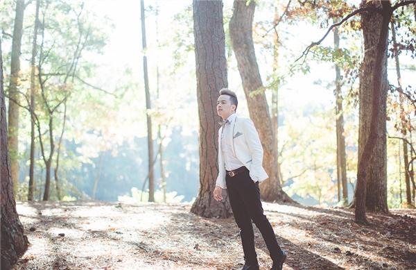 Ngoài ra, Cao Thái Sơn cũng chính là một trong những ca sĩ Việt đắt show trong nước cũng như hải ngoại tận tâm phục vụ những chuyến lưu diễn dài ngày cho khán giả, những người luôn yêu thương và ủng hộ anh. - Tin sao Viet - Tin tuc sao Viet - Scandal sao Viet - Tin tuc cua Sao - Tin cua Sao