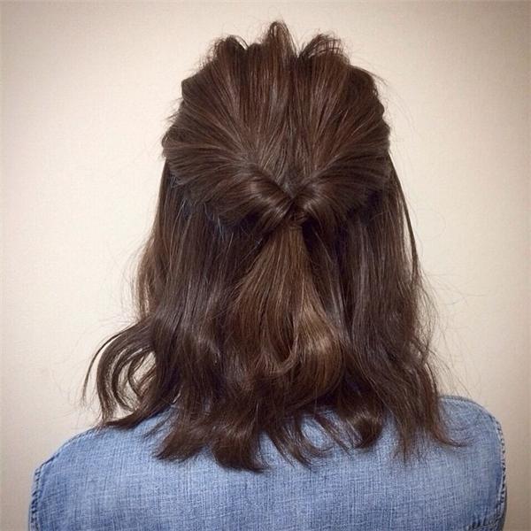 Kiểu tóc này quá xinh để dạo phố đúng không? (Ảnh: Internet)