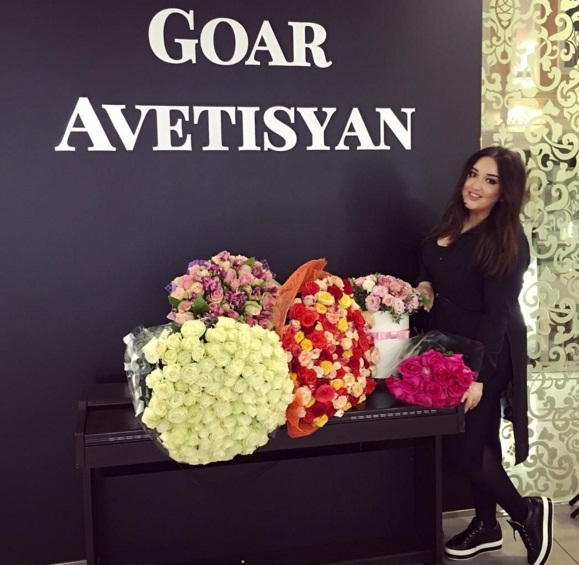 Goar Avetisyan khai trương trung tâm trang điểm, làm đẹp nhân này Instagram cán mốc 2 triệu lượt like.
