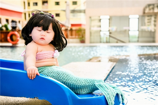 Ngày thường, bé Táo không hay quấy khóc và chơi rất ngoan.