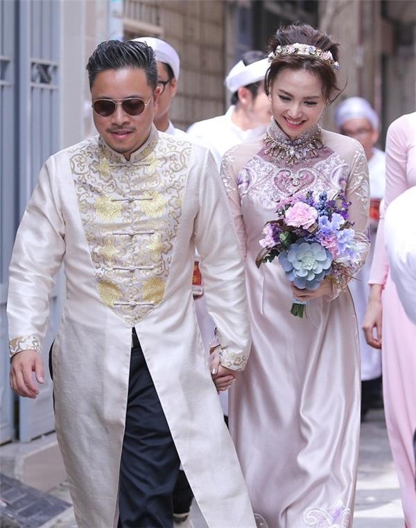 Lễ ăn hỏi của cặp đôi vừa được tổ chức vào tháng 10/2015. - Tin sao Viet - Tin tuc sao Viet - Scandal sao Viet - Tin tuc cua Sao - Tin cua Sao