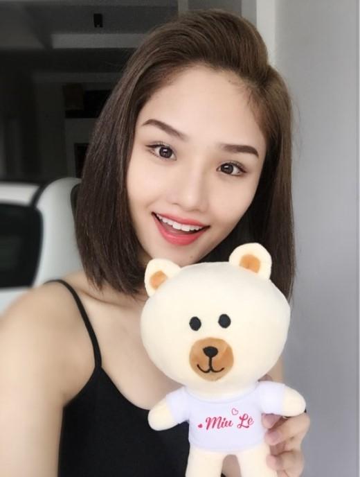 Miu Lê bất ngờ khoe hình gấu yêu có in tên đặc biệt.