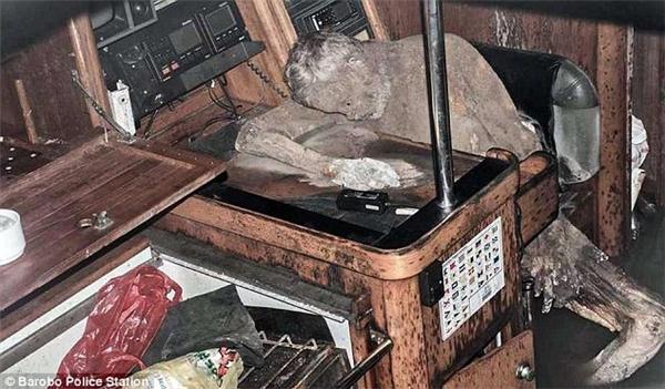 Xác ướp của Manfred được tìm thấy trên chiếc tàu bị đắm ngoài Thái Bình Dương, dọc theo bờ biển thị trấn Barobo ở Surigao del sur. Ảnh: Dailymail