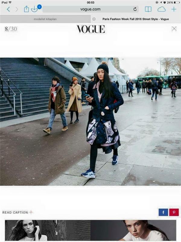 Mới đây, chân dài 1m79 bất ngờ xuất hiện trên tạp chí thời trang hàng đầu thế giới Vogue với bộ trang phục đường phố bắt mắt, độc đáo. Bức ảnh của Thùy Trang nằm ở vị trí thứ 8 trong 30 bộ cánh mà biên tập viên của Vogue lựa chọn.