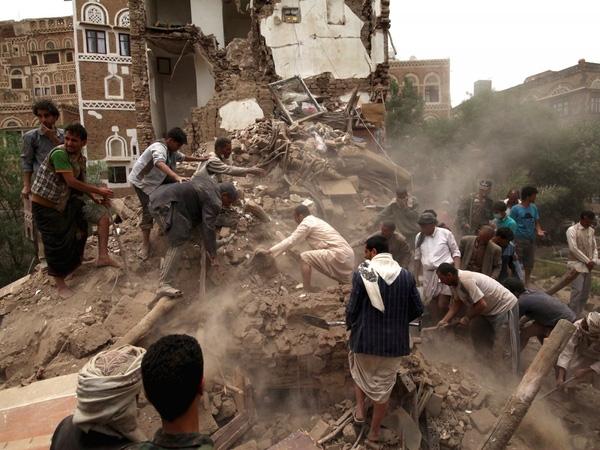 2. Cùng chung cảnh ngộ là Bangui, thủ đô của Cộng hòa Trung Phi. Nhiều người dân phải sống dựa vào nguồn trợ cấp eo hẹp và xung đột giữa các phe phái bạo lực thì vẫn thường xuyên xảy ra.  3. Đứng thứ ba là Sanaa, thành phố lớn nhất của Yemen. Nơi đây đã bị tàn phá bởi hàng loạt các cuộc không kích đến từ Ả Rập Saudi.