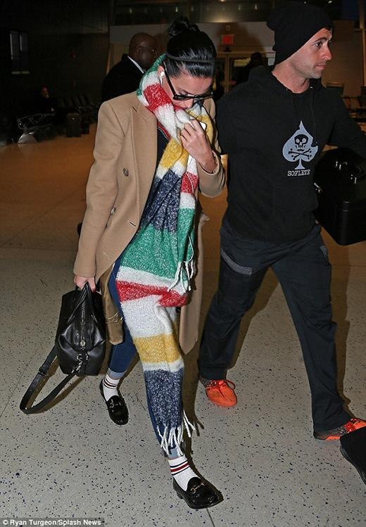 Katy Perry vừa đến sân bay ở thành phố New York. (Ảnh: Internet)