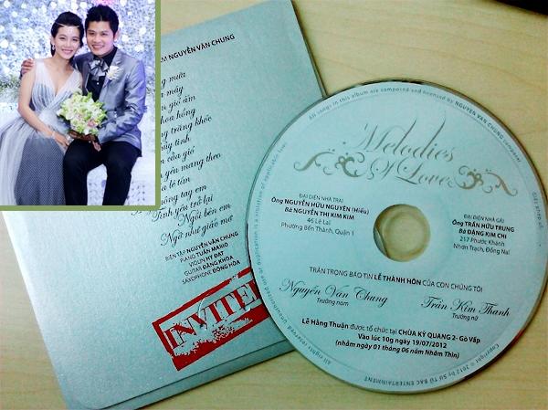Thiệp mời của nhạc sĩ Nguyễn Văn Chung thể hiện đúng chất nhạc sĩ trong con người anhkhi anh in nội dung thiệp lên bìa đĩa CD thu sẵn các ca khúc do anh sáng tác. - Tin sao Viet - Tin tuc sao Viet - Scandal sao Viet - Tin tuc cua Sao - Tin cua Sao