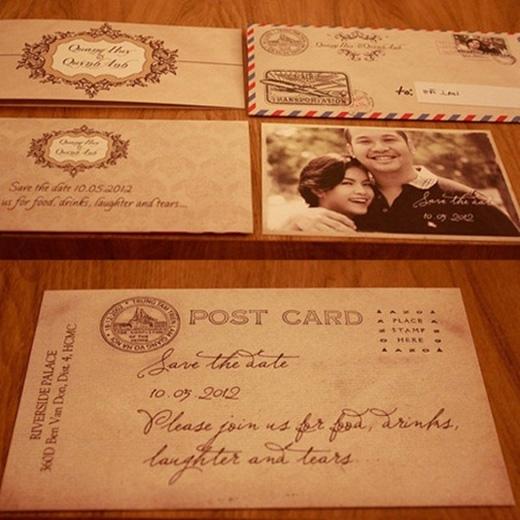"""Phạm Quỳnh Anh và """"ông bầu"""" Quang Huy tổ chức đám cưới năm 2012. Thiệp cưới mang phong cách vintage cổ điển như một chiếc postcard trông khá lạ mắt và đặc biệt. - Tin sao Viet - Tin tuc sao Viet - Scandal sao Viet - Tin tuc cua Sao - Tin cua Sao"""