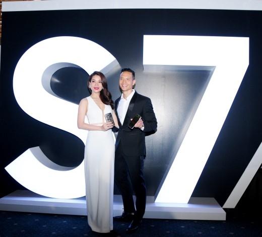 """Kim Lý và Trương Ngọc Ánh tin rằng Samsung Galaxy S7 và Gear VR là bộ đôi """"sinh ra để dành cho nhau"""". - Tin sao Viet - Tin tuc sao Viet - Scandal sao Viet - Tin tuc cua Sao - Tin cua Sao"""