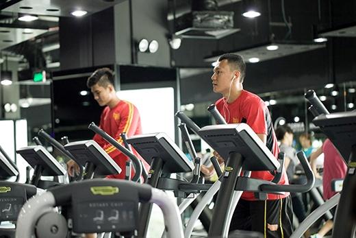 Các cầu thủ Saigon Heat tăng cườngluyện tập. (Ảnh: Phước Vinh).