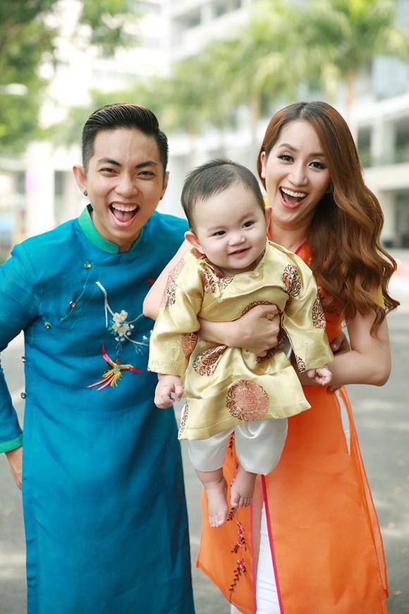 Hình ảnh hạnh phúc của gia đình Phan Hiển - Khánh Thi - Tin sao Viet - Tin tuc sao Viet - Scandal sao Viet - Tin tuc cua Sao - Tin cua Sao