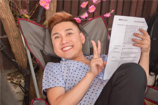 Thường xuất hiện trên sân khấu với hình ảnh ồn ào, náo nhiệt nhưng đời thường, Don Nguyễn là chàng trai trầm lặng và có một cuộc sống khá đơn độc như chính anh thừa nhận.