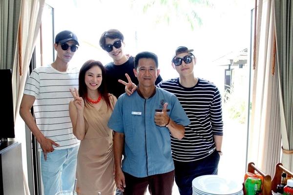 Ganh tị tình bạn hơn cả tình yêu của ba mĩ nam xứ Hàn