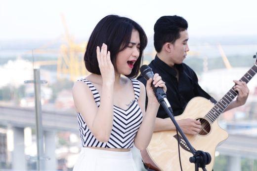 Bạn gái Công Phượng nữ tính xuất hiện cùng dàn ca sĩ trẻ triển vọng - Tin sao Viet - Tin tuc sao Viet - Scandal sao Viet - Tin tuc cua Sao - Tin cua Sao