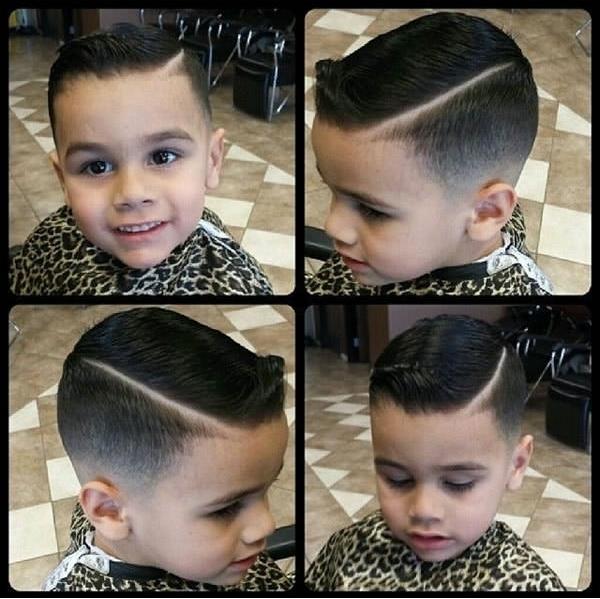 Nhóc tì có gương mặt hao hao Christiano Ronaldo này lại chuộngkiểu tóc fade rẽ ngôi sắc cạnh được vuốt gel bóng lộn. (Ảnh: 9GAG)