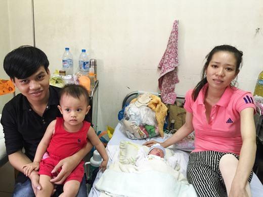 Nữ bác sĩ người Anh kể lại cảnh đỡđẻ trên máy bay đi Đà Nẵng