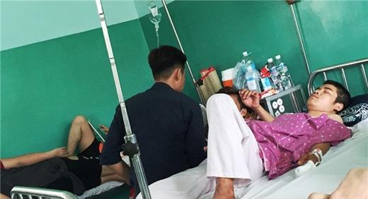 Nạn nhân Nguyễn Văn Phongđang điều trị tại bệnh viện 175.(Ảnh: VietNamNet)
