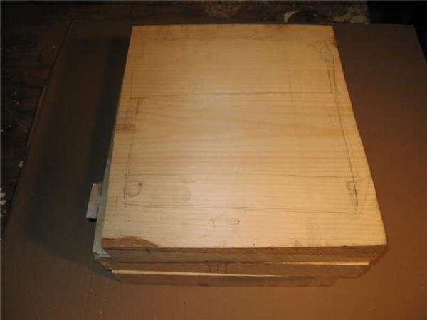 Ba khối gỗ đã dính chặt với nhau, hành trình chinh phục bắt đầu!(Ảnh: Randall Rosenthal)