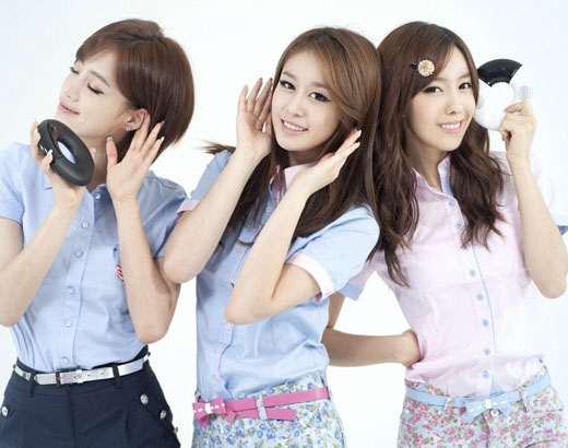Ngày 12/03 ba cô gái Hyomin, Eunjung, Jiyeon sẽ đến gặp người hâm mộ Việt Nam và tham dự sự kiện ra mắt điện thoại vào ngày 15/03. (Ảnh: Internet)