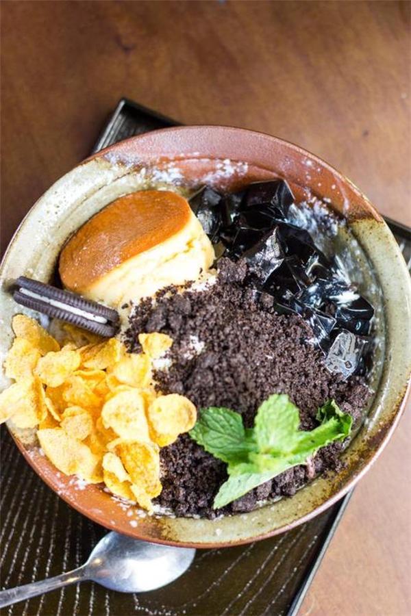 Flan caramel oreo – Eleven Café, Lê Anh Xuân, quận 1. (Ảnh: Internet)