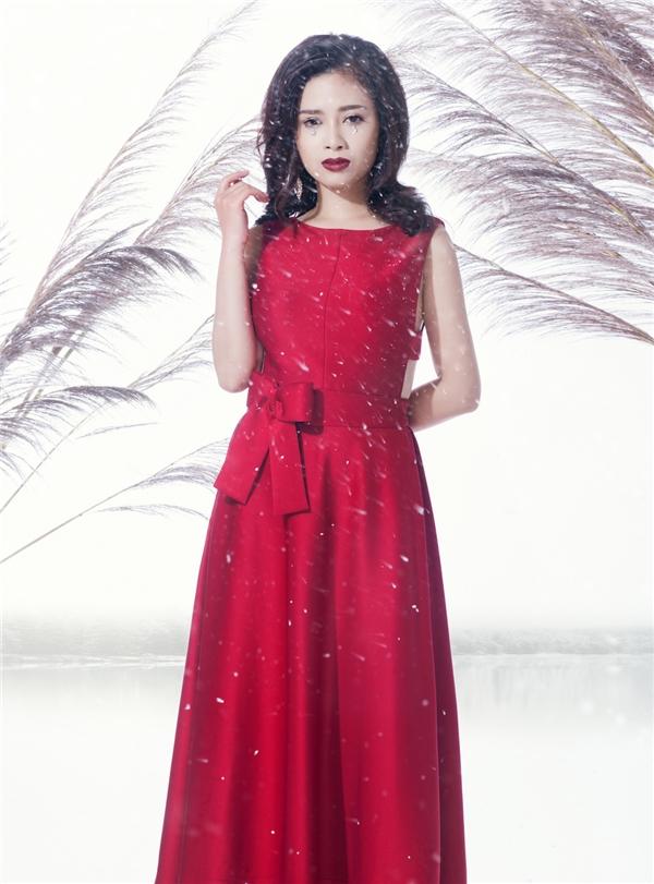 Không chỉ sở hữu giọng hát hay, Dương Hoàng Yến còn được khen là một trong số ít ca sĩ trẻ có gu về ăn mặc. - Tin sao Viet - Tin tuc sao Viet - Scandal sao Viet - Tin tuc cua Sao - Tin cua Sao