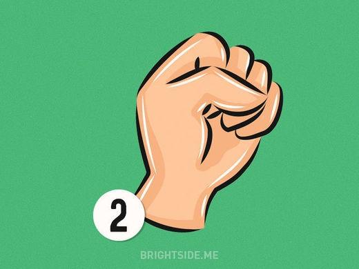 Kiểu nắm tay thứ 2 thể hiện sự sáng tạo của bạn. (Nguồn: Internet)