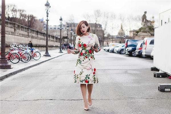 Trong số đó, Trâm Nguyễn đã thực sự trở thành một nhân tố nổi bật. Dù không sở hữu chiều cao khủng nhưng cô nàng vẫn ghi điểm nhờ phong cách thời trang tinh tế.