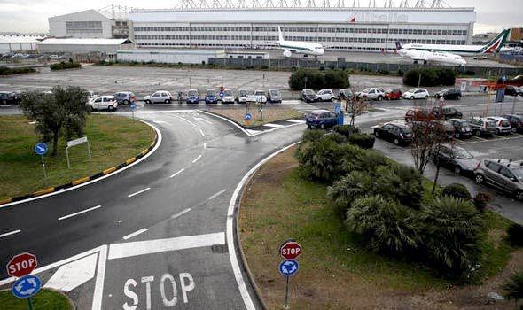 Viên phi công nọ đã bị bắt tại sân bay Fiumicino. (Ảnh: Express)