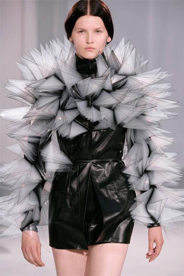 Bạn không thể tin được trước mắt mình, đó là thời trang!
