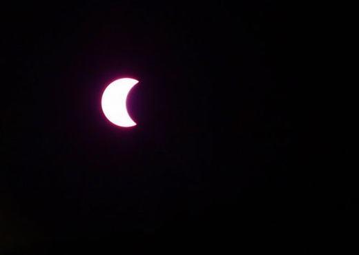 Còn đây là nhật thực một phần được ghi lại tại TP. HCMlúc 6g50. (Ảnh: CLB Thiên văn nghiệp dư TP. HCM)