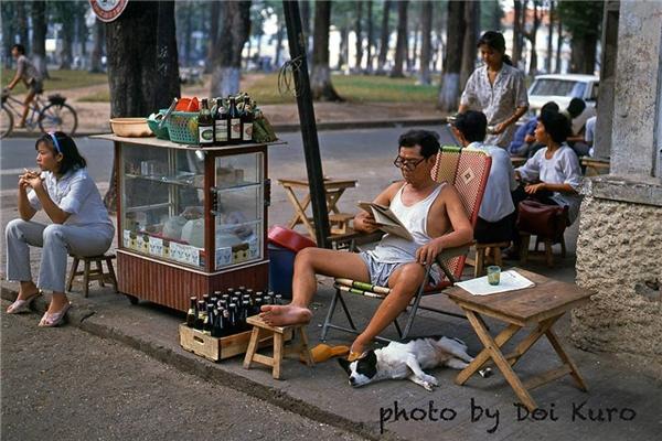 Hoài niệm về một Sài Gòn nhộn nhịp và bình dị những năm 1990