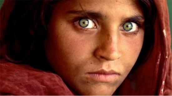 Những người sở hữu đôi mắt màu xanh lá cây chỉ chiếm một số lượng rất nhỏ trên thế giới. (Ảnh: Internet)
