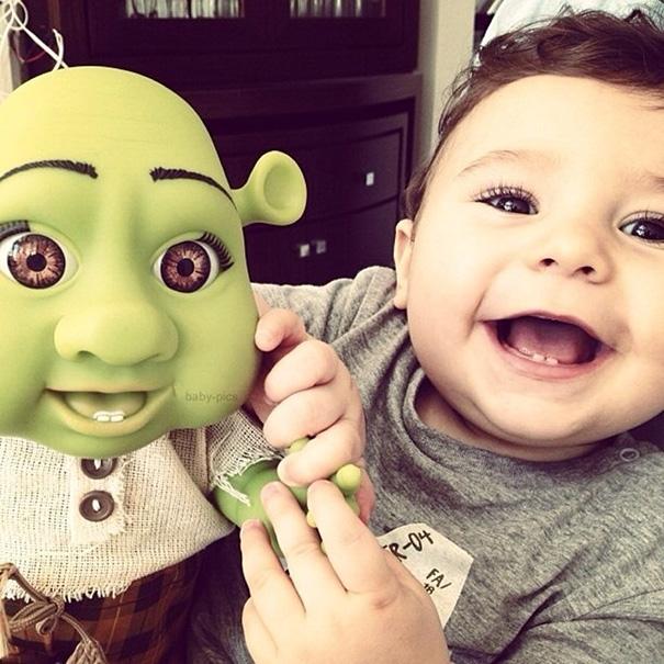 """Ơi giời, """"tiểu Shrek"""" siêu đáng yêu đây rồi! (Ảnh: Bored Panda)"""