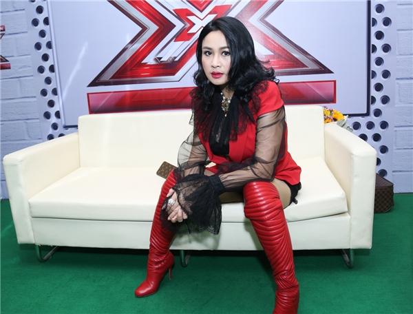 "Diva Thanh Lam nổi bật trong ""bộ cánh"" đỏ. - Tin sao Viet - Tin tuc sao Viet - Scandal sao Viet - Tin tuc cua Sao - Tin cua Sao"