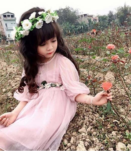 Hot girl nhí Tuyên Quang lại gây sốt với bộ ảnh xinh như thiên thần