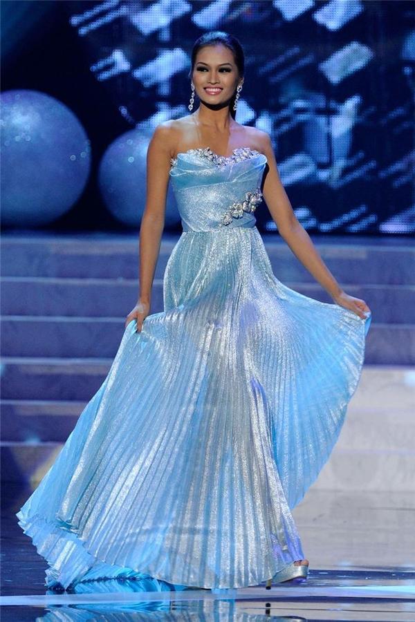 Á hậu 1 Hoa hậu Hoàn vũ 2012 Janine Tugonon - Tin sao Viet - Tin tuc sao Viet - Scandal sao Viet - Tin tuc cua Sao - Tin cua Sao