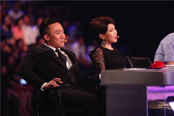 Trấn Thành liên tục mỉm cười khích lệ bạn gái Hari Won - Tin sao Viet - Tin tuc sao Viet - Scandal sao Viet - Tin tuc cua Sao - Tin cua Sao