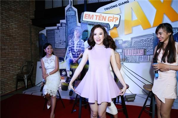 Các diễn viên trong phim đã có buổi giao lưu ấm cúng cùng các fan. - Tin sao Viet - Tin tuc sao Viet - Scandal sao Viet - Tin tuc cua Sao - Tin cua Sao