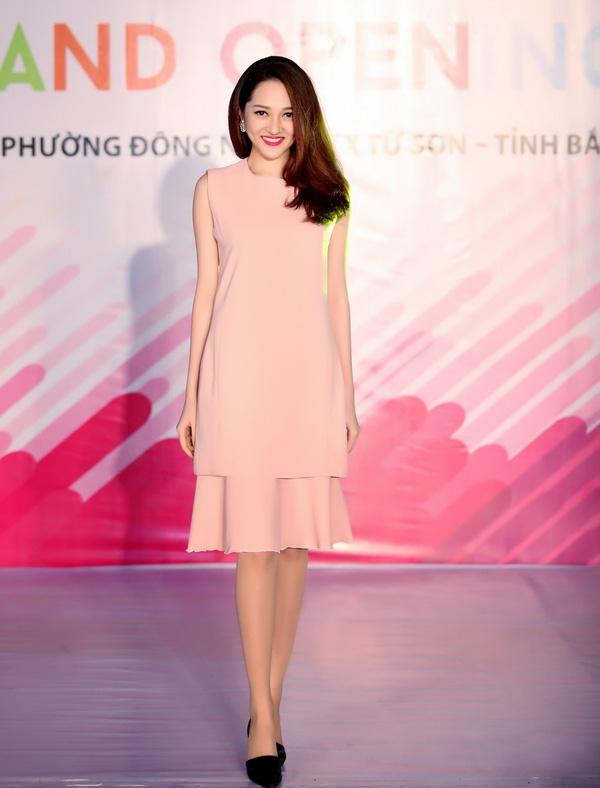 Nữ ca sĩ nhận được nhiều phản hồi tích cực từ phía các fan. - Tin sao Viet - Tin tuc sao Viet - Scandal sao Viet - Tin tuc cua Sao - Tin cua Sao