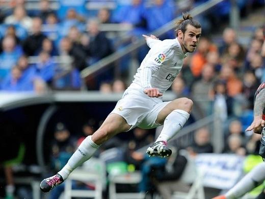 Gareth Bale xứng đáng thay Ibrahimovic hơn Ronaldo