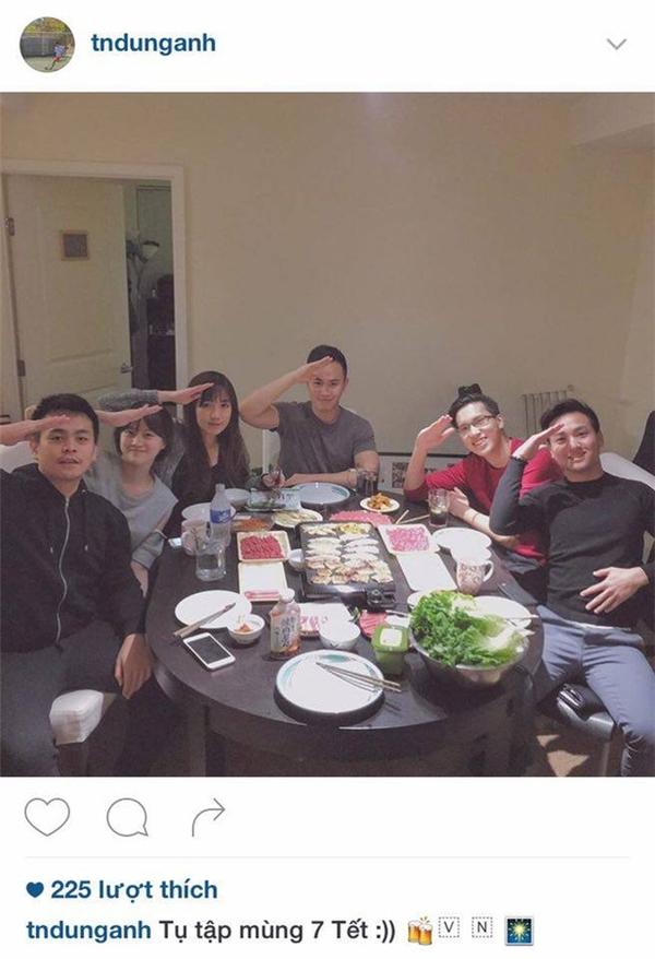 Và họ cho rằng chàng trai này chính là Dũng Anh - người yêu cũ của Anna Trương. Đây là bức ảnh hiếm hoi cả hai chụp ảnh chung. Nó được đăng trên instagram của Dũng Anh.