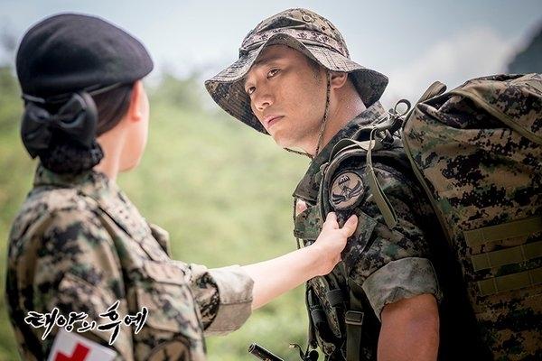"""Myung Joo: """"Anh định sẽ trốn tránh em tới khi nào? Tạisao anh không nhận điện thoại? Tại sao chúng ta không thể nói chuyện một cách bình thường chứ? Trả lời em đi. Em cũng không cần anh phải cho em biết lí do. Em chỉ là... muốn được nghe giọng nói của anh mà thôi"""""""