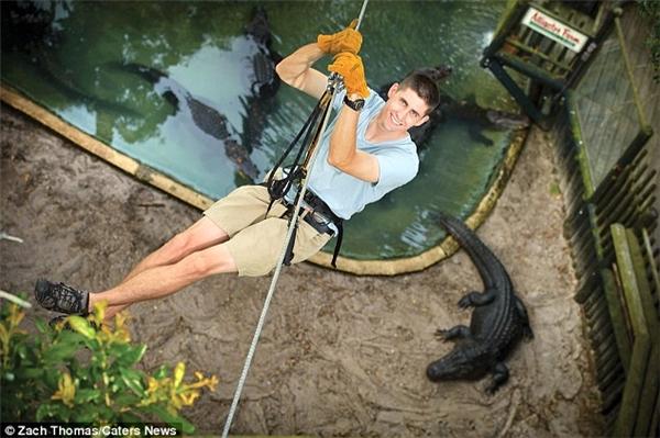 Giám đốc công viên – ông John Brueggen nói rằng thử thách này mang đến cho khách tham quan nhiều điều thú vị hơn cả trải nghiệm sở thú thông thường.(Ảnh: Daily Mail)