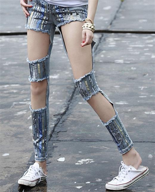 Đã có bao giờ bạn dám mặc chiếc quần này lượn qua lượn lại trước mặt mẹ? (Ảnh: internet)